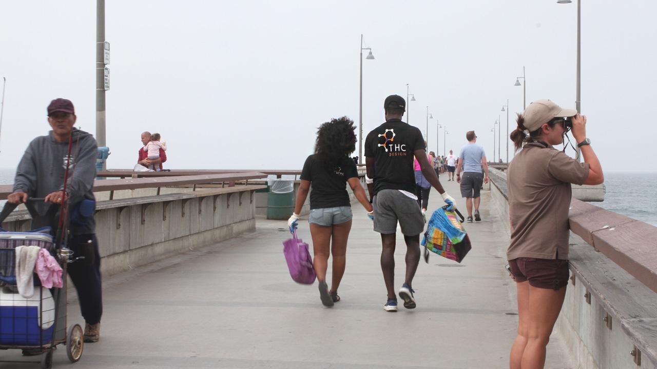 THC Design Surfrider Foundation Beach Cleanup